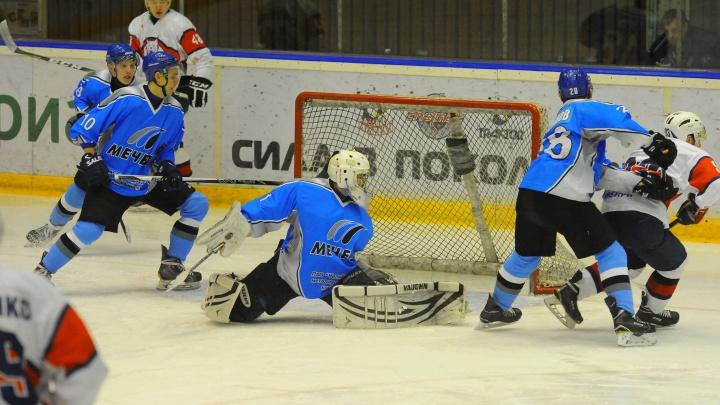 «Первый год будет сложно»: власти Челябинска представили план спасения хоккейной школы «Мечел»