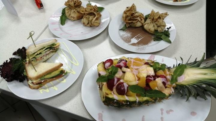 Уральские школьники сразились в кулинарном поединке