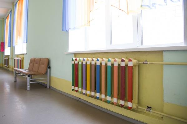 Детские сады, школы и больницы первыми получат тепло