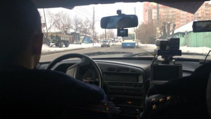 Водитель автобуса попался на разговоре по телефону 16 раз за рейс и был оштрафован на 24 тысячи