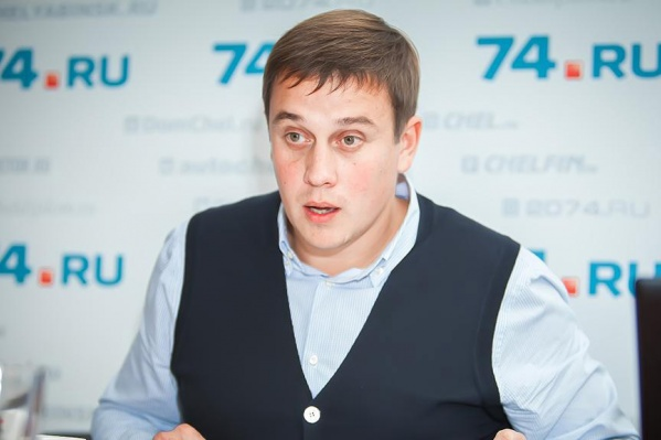 Виталий Пашин не исключает, что примет участие сразу в двух выборных кампаниях — на место губернатора Челябинской и Курганской областей