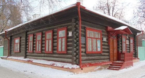Деревянное сокровище Екатеринбурга: Дом Бажова, в котором родилась «Малахитовая шкатулка»
