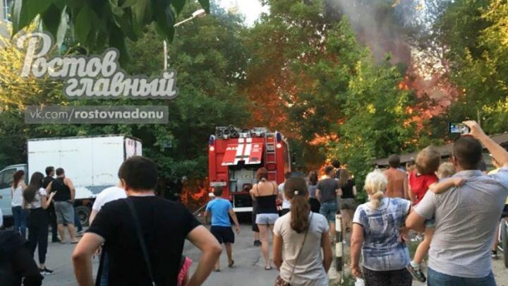 В Ростове около зоопарка произошел пожар