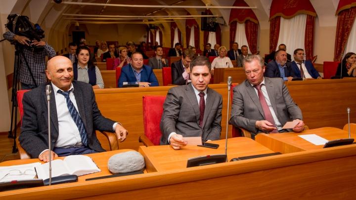 В Ярославле выберут самого привилегированного депутата областной думы: кого пророчат на это место