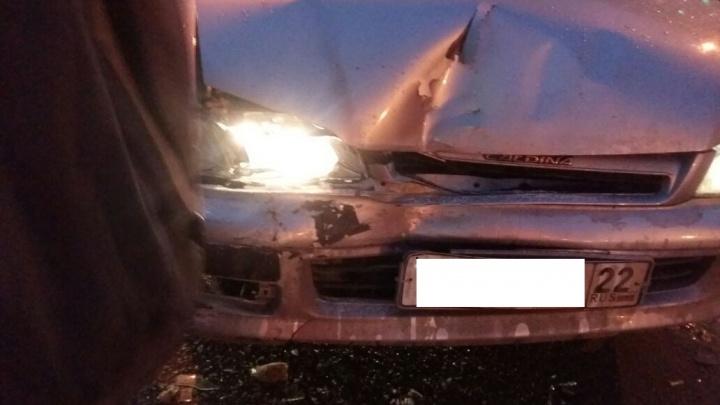 Пассажира маршрутки увезли на «скорой»после аварии на улице Дуси Ковальчук