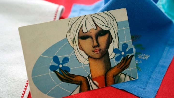 «Будь красивой, здоровой и пеки мне блины»: как в СССР поздравляли омичек с 8 Марта