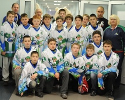 Кубок турнира ŠKODA Junior Ice Hockey Cup 2013 нашел своего хозяина