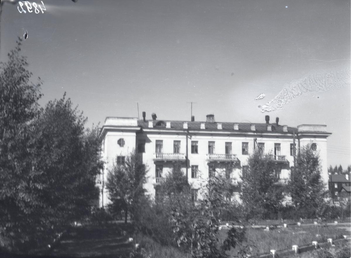 Сталинка на Крупской, 4 —один из старейших домов Сортировки