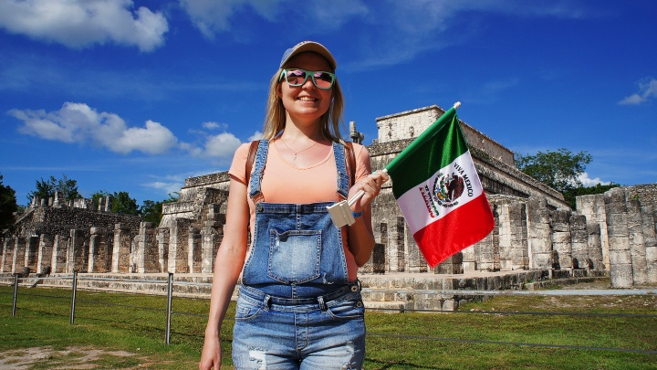 Пирамиды, футбол, скелеты: чем запомнилась Мексика челябинцам