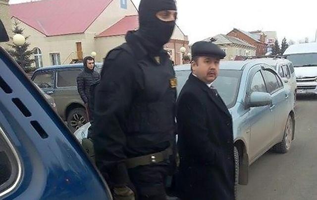 С осуждённого за взятку главы района в Челябинской области и его сообщника взыщут 10 млн рублей