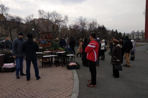 13 апреля вместо заявленного пикета на Красной площади проходила выставка цветов