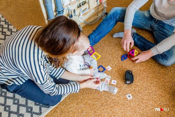 Молодые семьи ждут по восемь лет и вылетают из программы