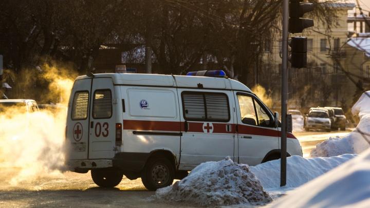 15 новосибирцев попали в больницы из-за лютого холода