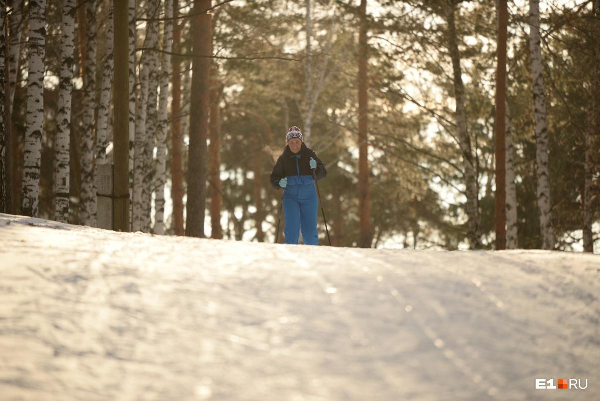 Лыжникам в парке Маяковского хорошо
