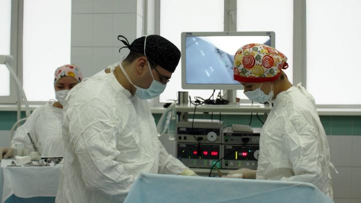 Хирурги восстановили матку бесплодной пациентке и вернули возможность стать мамой