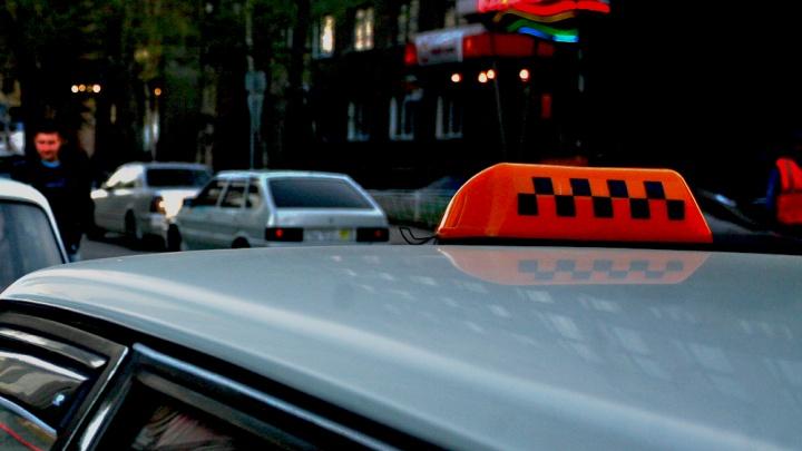С таксиста,задавившего пьяного пассажира, сняли обвинения в умышленном убийстве