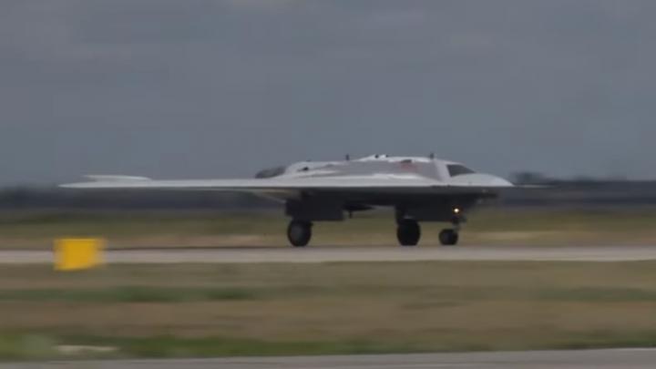 Минобороны показало видео с беспилотником, который разработали в Новосибирске