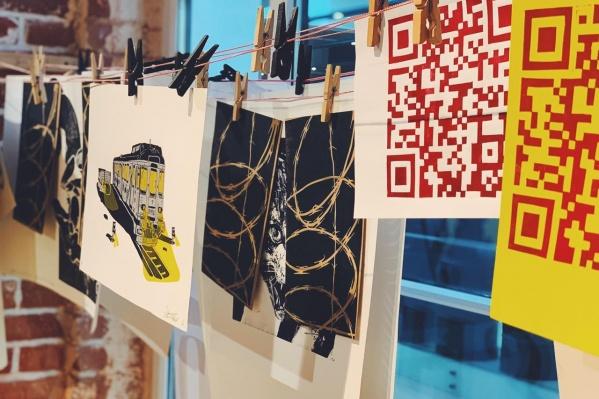 Всего на выставке покажут около 30 работ, многие из которых взяты с улицы