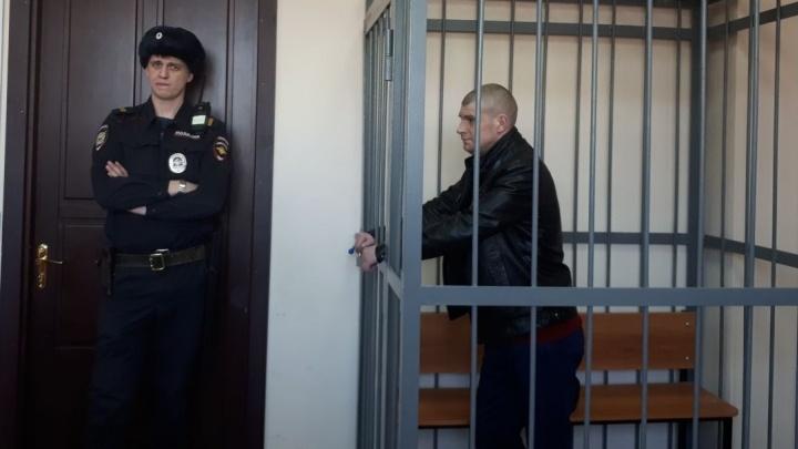В Екатеринбурге посадили бывшего зэка по кличке Король, который взорвал гранату на Уралмаше