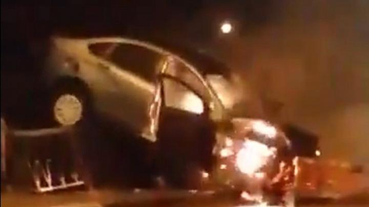 После ДТП в Башкирии сгорела дотла «Лада-Веста»