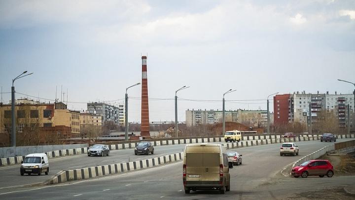 Дорожники отказались от закрытия улицы Братьев Кашириных в понедельник