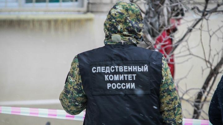 Нажиться на сиротах: чиновника из Ростовской области подозревают в мошенничестве