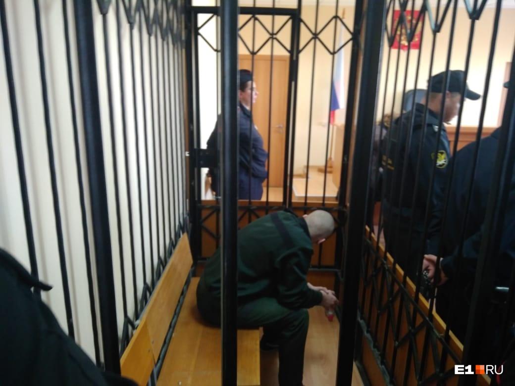 Один из подростков, участвовавших в избиении Димы. Снимок сделан на суде во время оглашения приговора