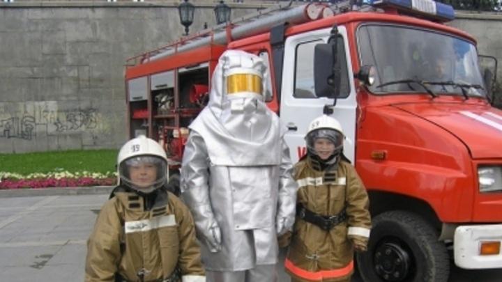 Накормят гречневой кашей и дадут огнетушитель: в ЦПКиО отпразднуют День пожарной охраны