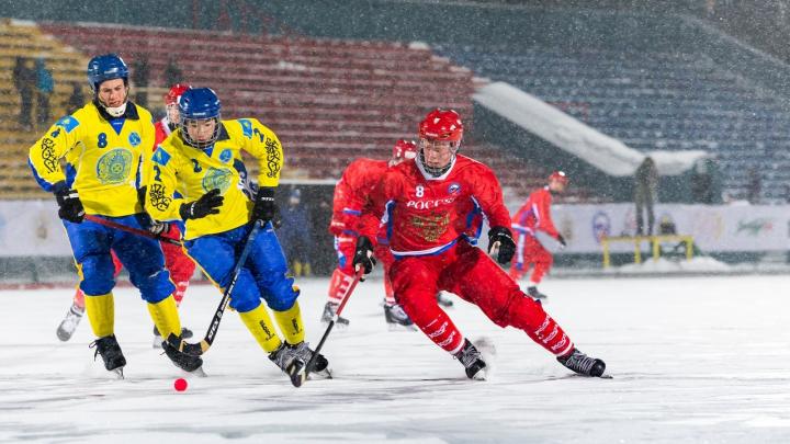 Молодёжная сборная России разгромила команду Казахстана на первенстве мира по бенди