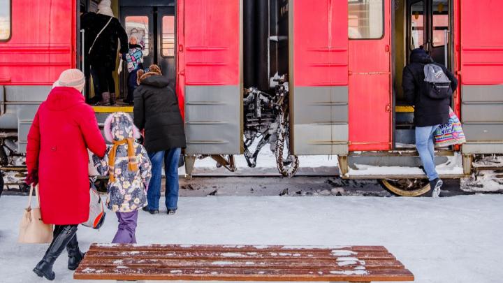 Пассажиры частично закрытой Горнозаводской ветки смогут дважды пересаживаться по единому билету