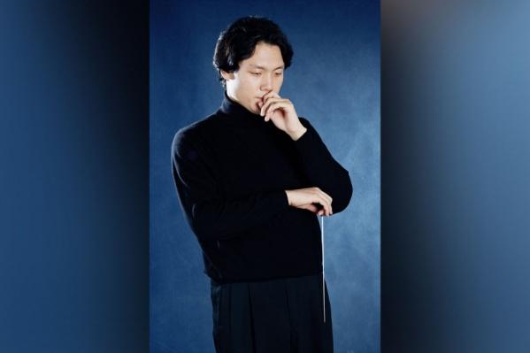 Юджин Сонг встанет за дирижерский пульт Национального симфонического оркестра РБ 18 января