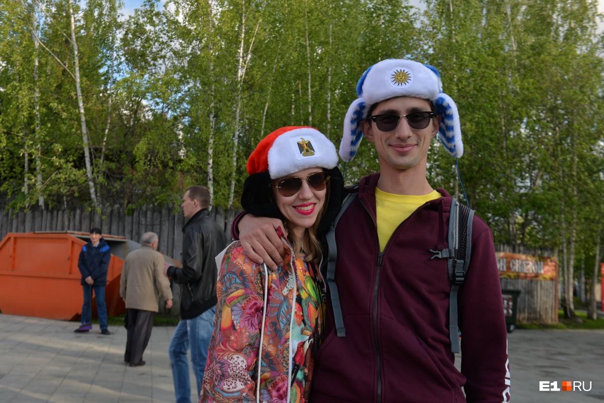 Фоторепортаж Е1.RU: в ЦПКиО под песни «Чайф» открыли фан-зону