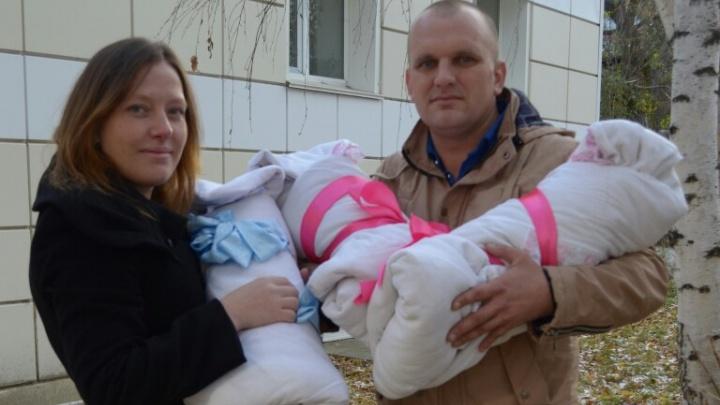 «Ждали одного, максимум двоих»: в Голышманово впервые за последние 90 лет родились тройняшки