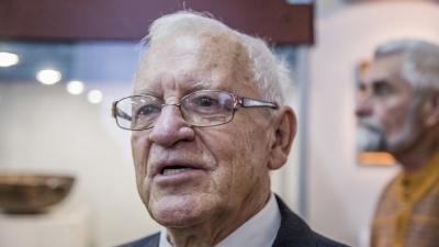 «Могли хотя бы пожать руку»: ректор ВГСПУ не знает, что уволил археолога Владислава Мамонтова