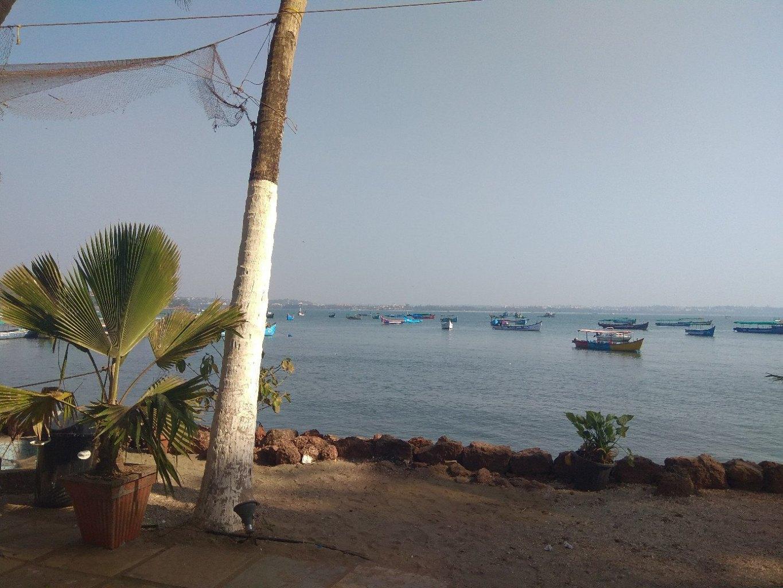 Первое время в жаркой Индии сибирякам ничего не хочется делать