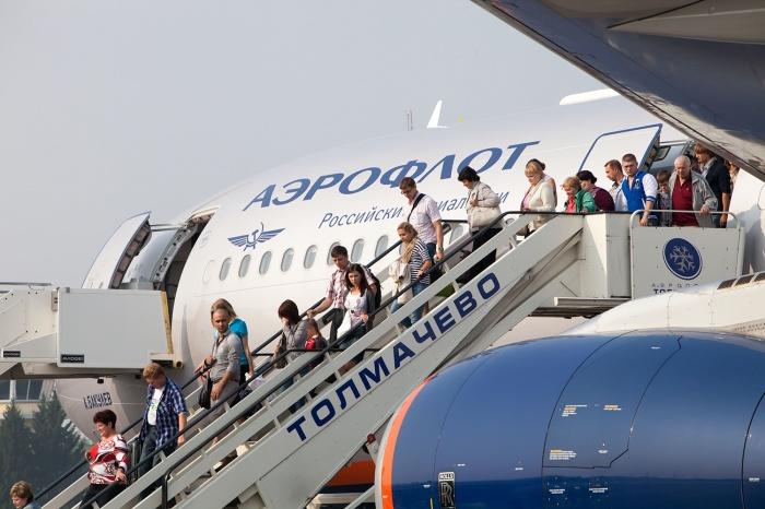 В прошлом году 2-миллионного пассажира зарегистрировали в июле