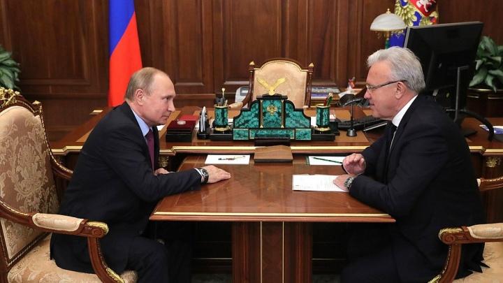 «У вас там что-то двигается?»: Путин встретился с Уссом. Разговор об экологии, метро и деньгах