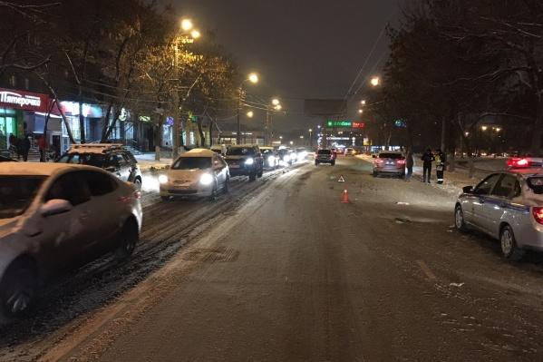 Полицейские выясняют обстоятельства наезда на пешехода