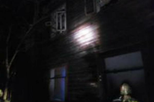 Пожар вспыхнул в расселённом доме