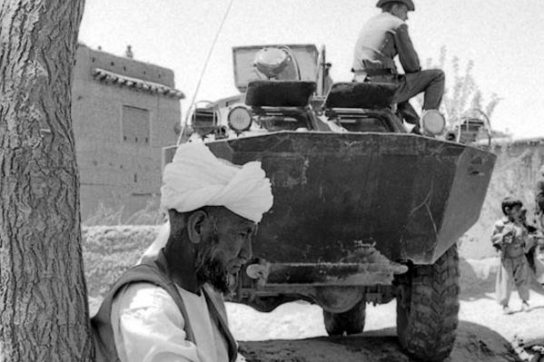 Обычный афганский народ вёл себя дружелюбно с советскими солдатами