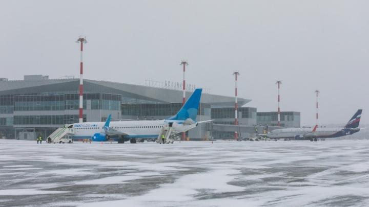 В красноярском аэропорту решено создать центр по обслуживанию Sukhoi Superjet