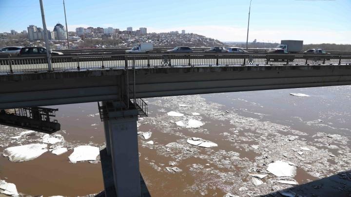 Вода пойдет раньше: реки Белая и Урал вскроются на два-три дня раньше многолетних значений