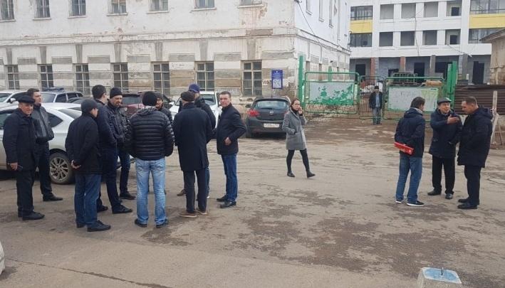 Тепловики подали в суд на застройщика из Уфы, в доме которого 300 человек остались без горячей воды