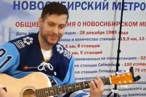 Хоккеисты дали небольшой концерт для всех желающих