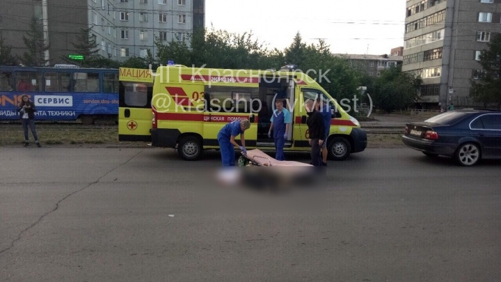 Нетрезвый водитель BMW насмерть сбил перебегающую дорогу женщину