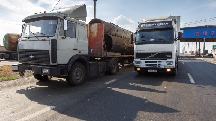 Из-за жары в Волгоград не пустили фуры
