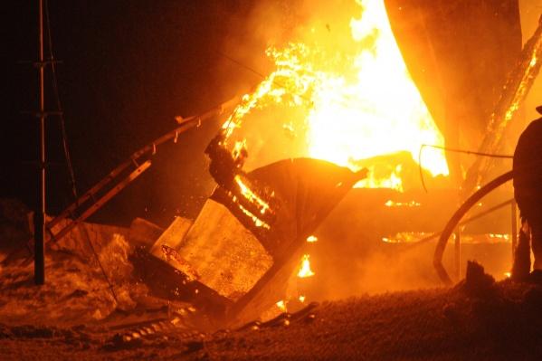 Пожар случился ночью 5 августа: в огне погибли мать и трое детей, ещё один ребёнок и отец семейства получили ожоги