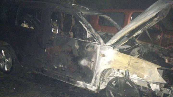 В Екатеринбурге будут судить мужчину, который по пьянке сжёг 41 автомобиль