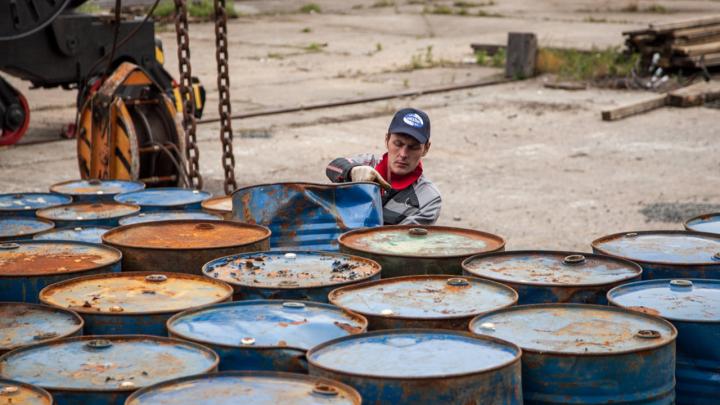 Компания, разлившая нефтепродукты в НАО, возместила убытки после загрязнения