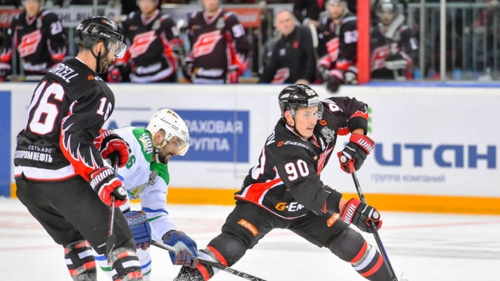 «Авангард» пропустил четыре шайбы от «Салавата» в четвёртом матче серии плей-офф